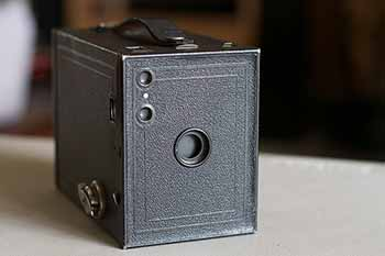 Photo of an Eastman Kodak Brownie No. 2 camera.